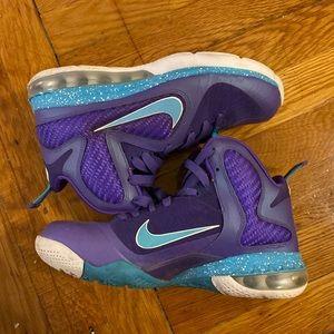 Lebron 9 - Summit Lake Hornet Sneakers